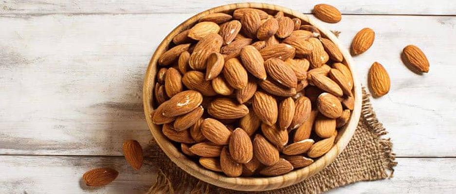 فواید مصرف بادام برای انسان چیست